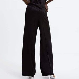 Bandolino trousers pants  black satin look